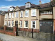 6 bedroom semi detached property in Trinity Avenue, Kingsley...
