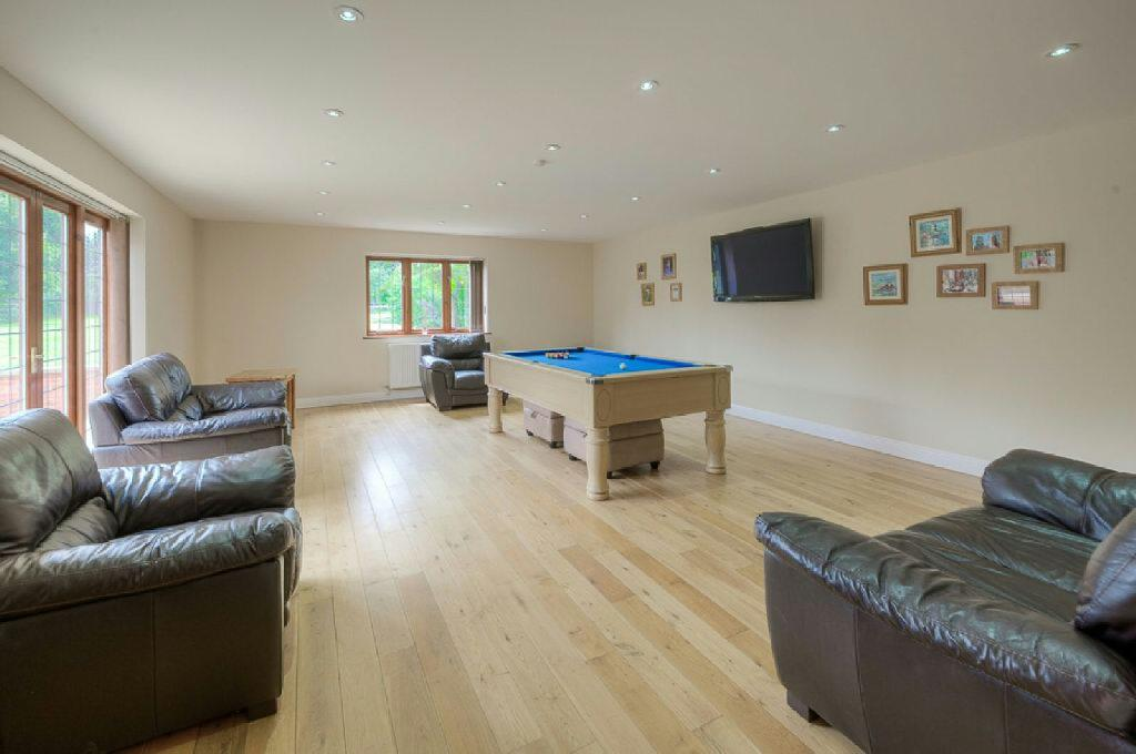 Games Room/Annexe