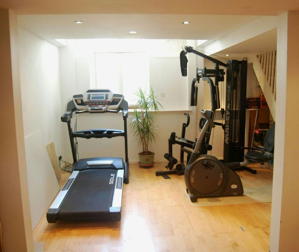 Lounge/Gym