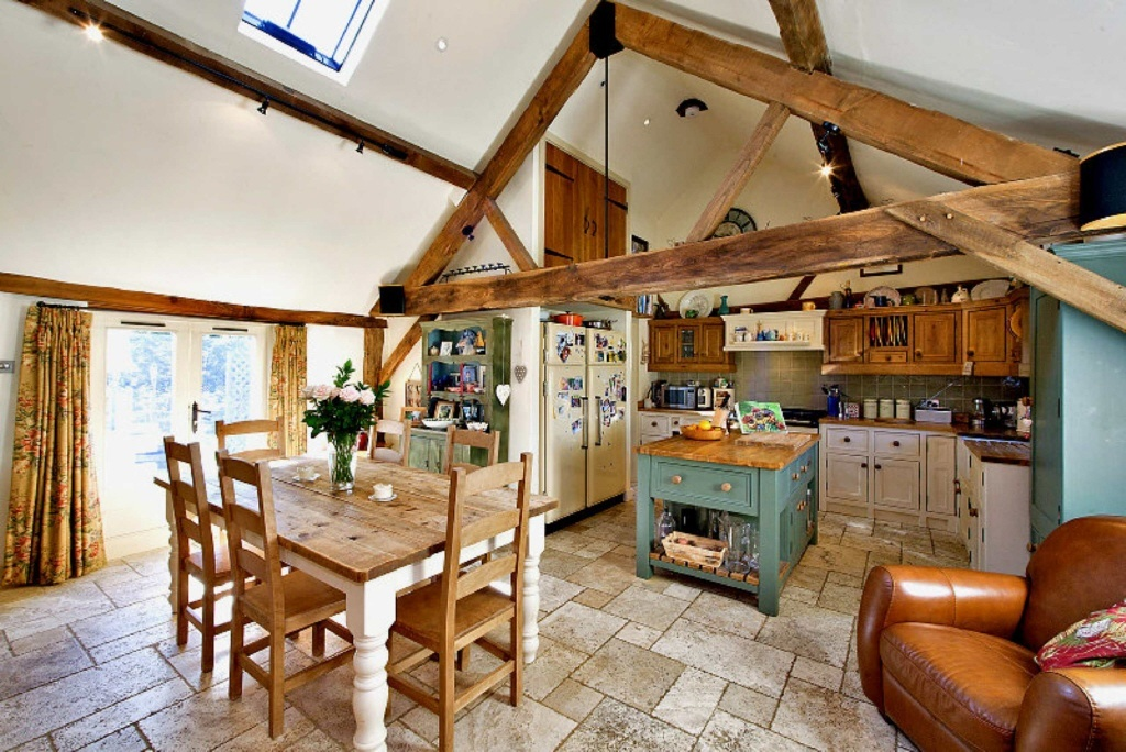 3 bedroom barn conversion for sale in wishanger lane for 3 bedroom barn house