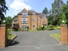 Flat in Ferndown Court...