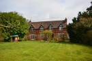 4 bedroom Detached property in Hamlash Lane, Frensham...