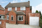 2 bed Detached home in West Avenue, Farnham...