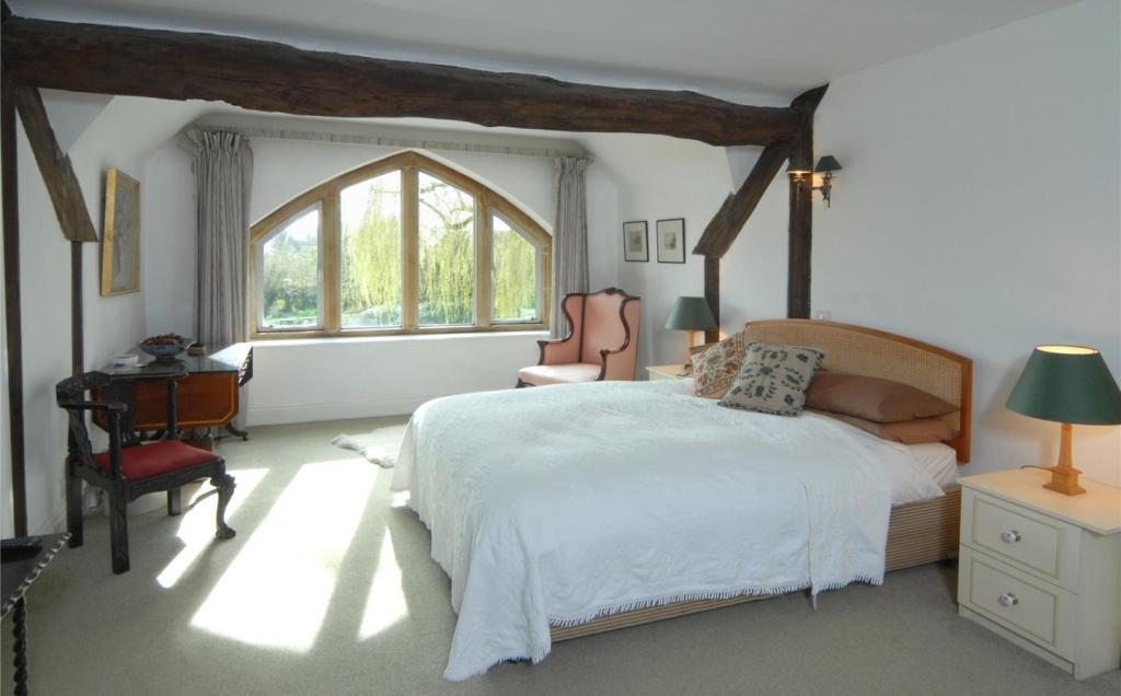 DHB Bedroom