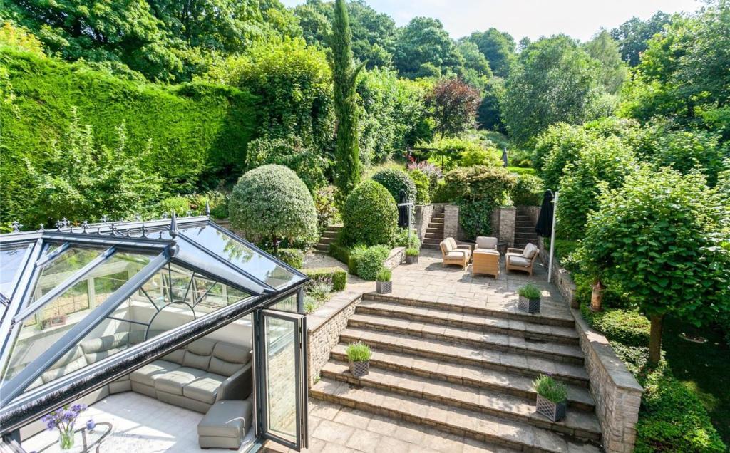 Garden Terrace