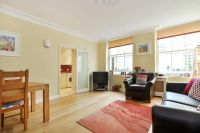 2 bedroom Apartment in Cleveland Square, W2
