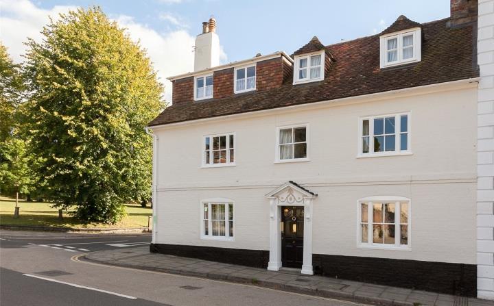 4 bedroom end of terrace house for sale in bedwin street for 1 park terrace salisbury