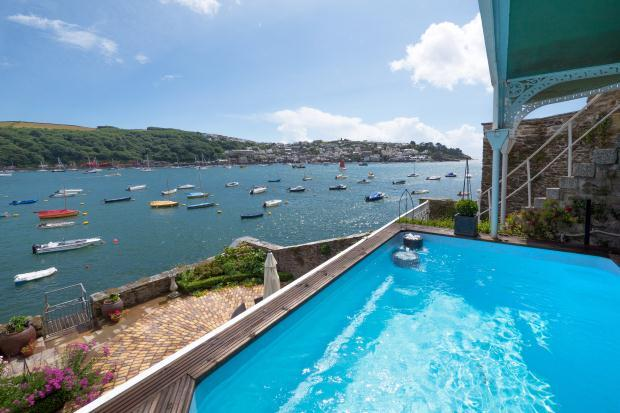 5 Bedroom House For Sale In Esplanade Fowey Cornwall Pl23 1hy Pl23