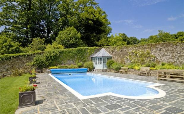 7 Bedroom Detached House For Sale In Tresarrett Bodmin Cornwall Pl30 Pl30