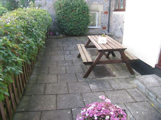 Gardens Rear Courtya