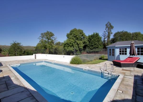 5 Bedroom House For Sale In Spout Lane Brenchley Tonbridge Kent Tn12 7as Tn12