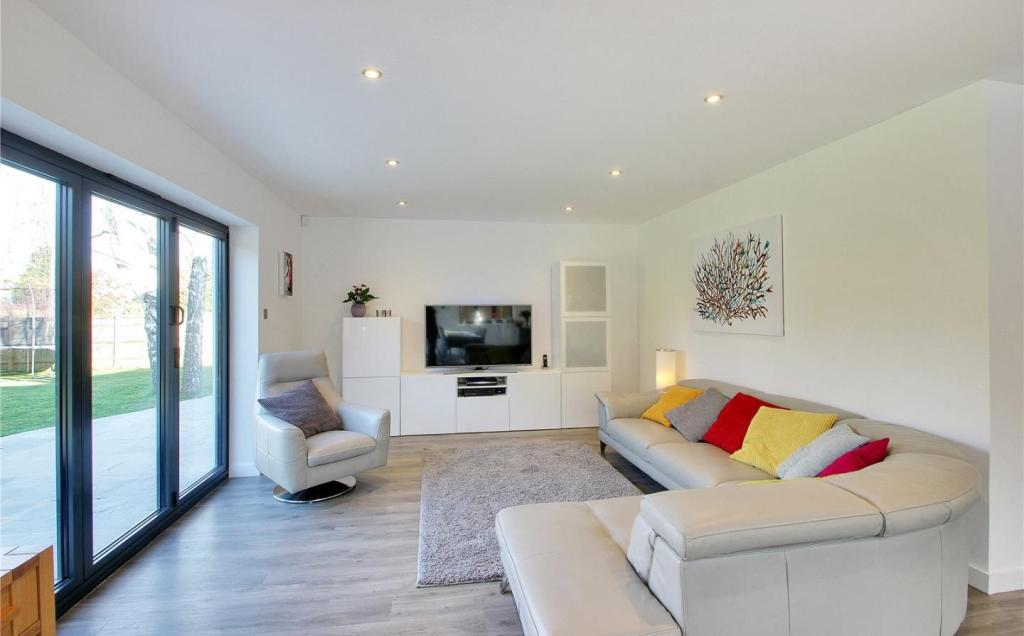 Sitting/Living Area