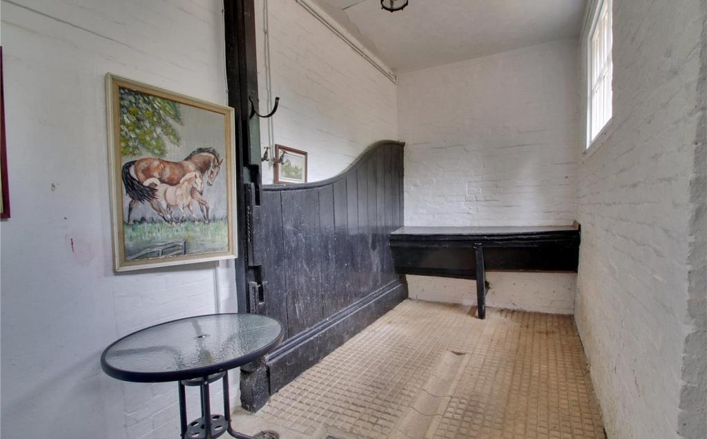 Lobby/Boot Room