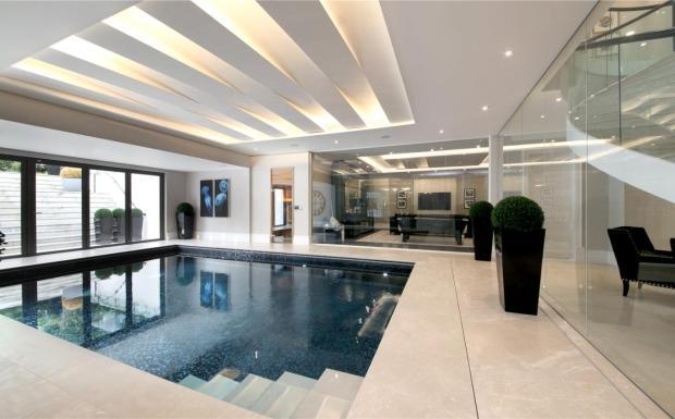 5 Bedroom Detached House For Sale In East Road St George 39 S Hill Weybridge Surrey Kt13 Kt13
