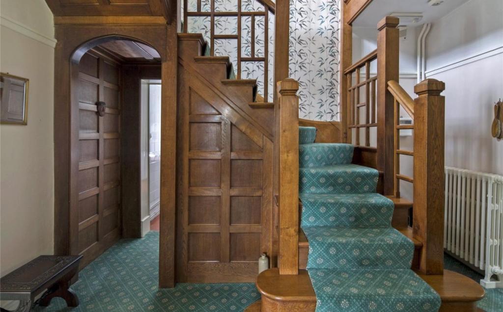 Oak Staircaser