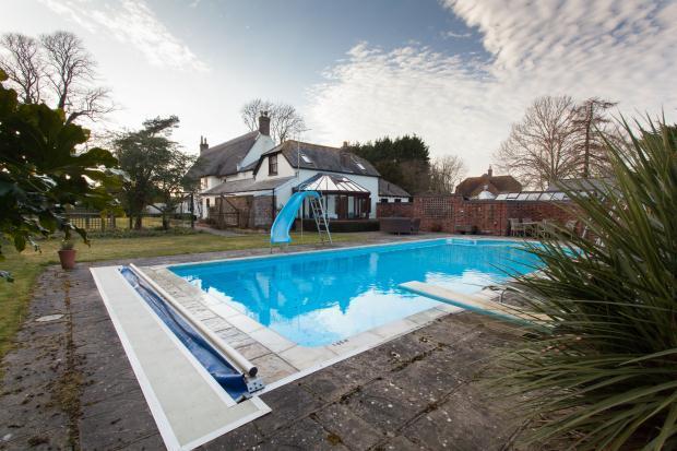 4 Bedroom Detached House For Sale In East Street Winterborne Kingston Blandford Forum Dorset
