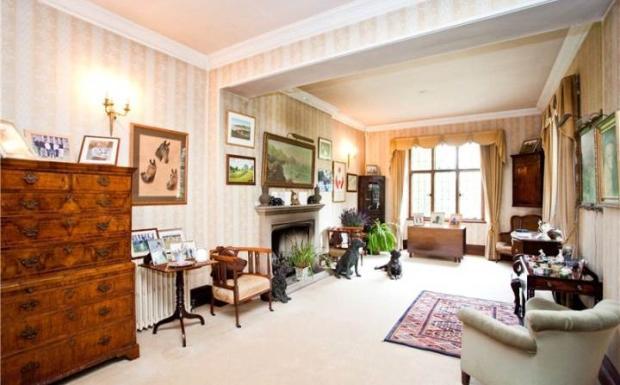 Hatchet Lane Room