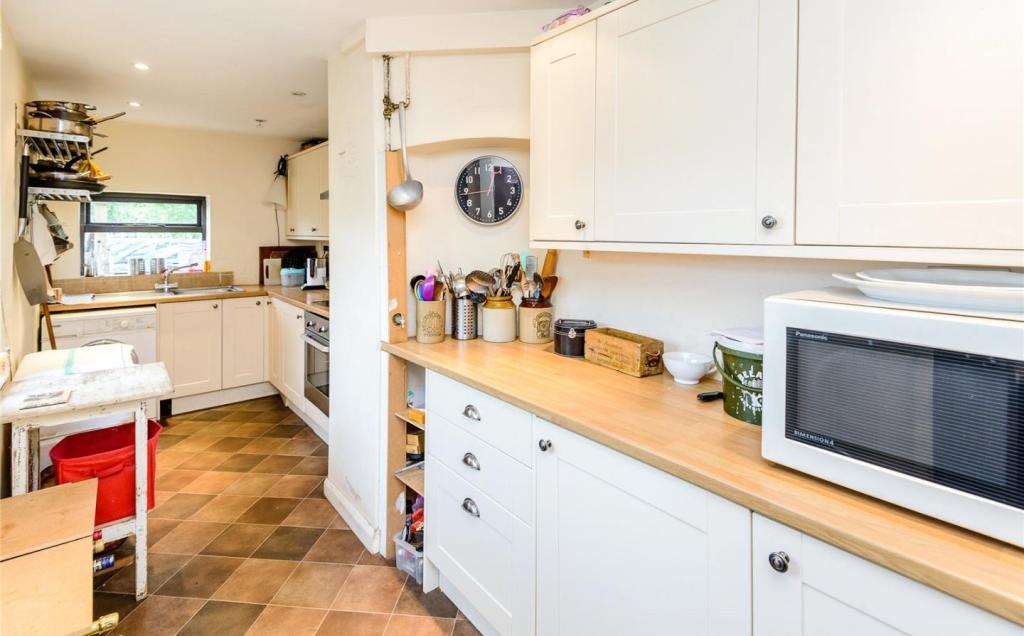 Kitchen No.2