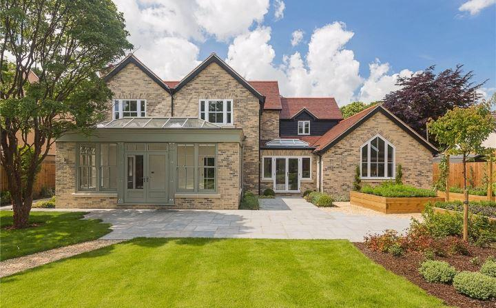 5 Bedroom Detached House For Sale In Aspen House Kings