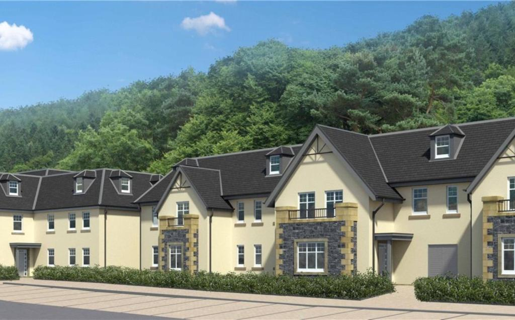 2 bedroom apartment for sale in flat 33 ladykirk hydro for Hydro gardens