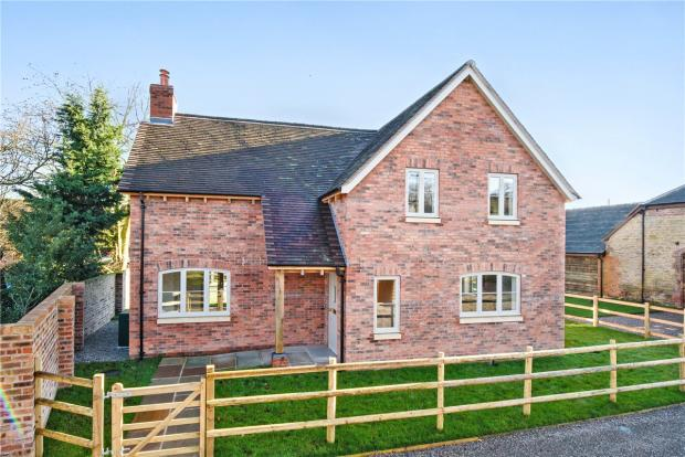 4 Bedroom Detached House For Sale In Bourton Much Wenlock Shropshire Tf13 Tf13