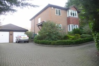 4 bed Detached home in Brighton Road, Hooley...