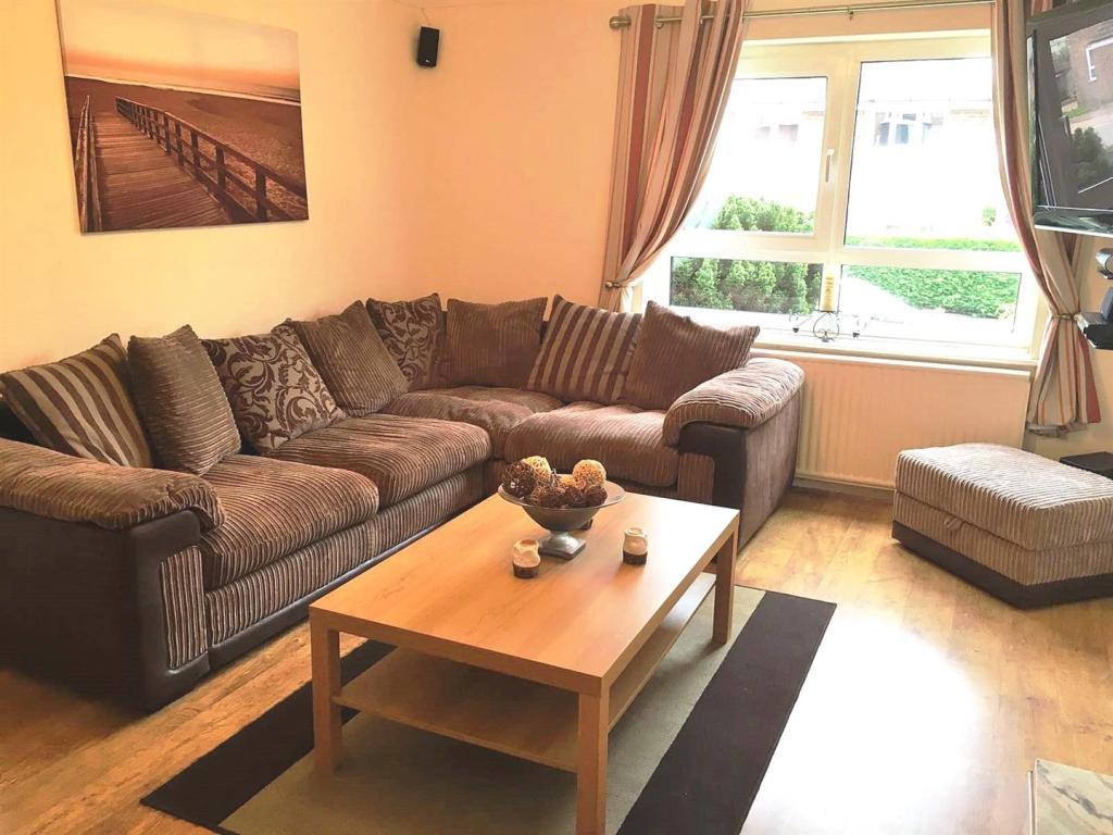 Living room 1 update
