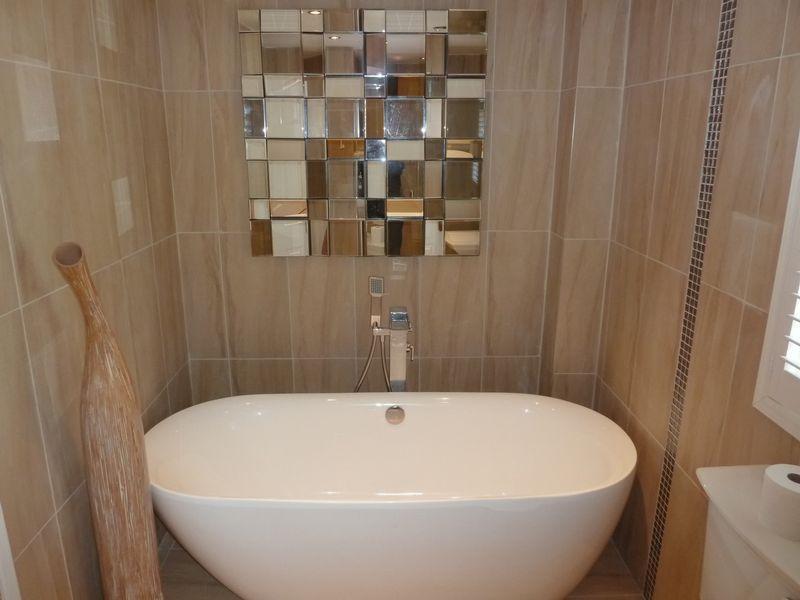 Luxury Bath Wi...