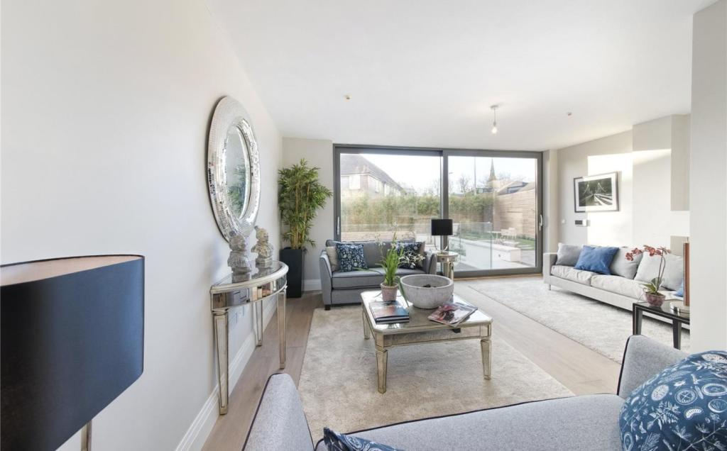 4 Bedroom Terraced House For Sale In Mills Row Chiswick