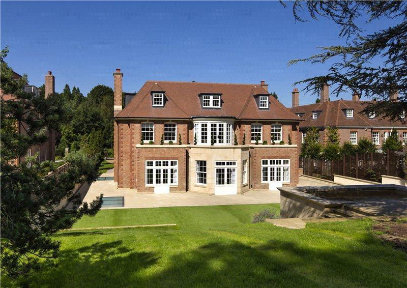 9 bedroom detached house for sale in winnington road for Mansion houses for sale in london