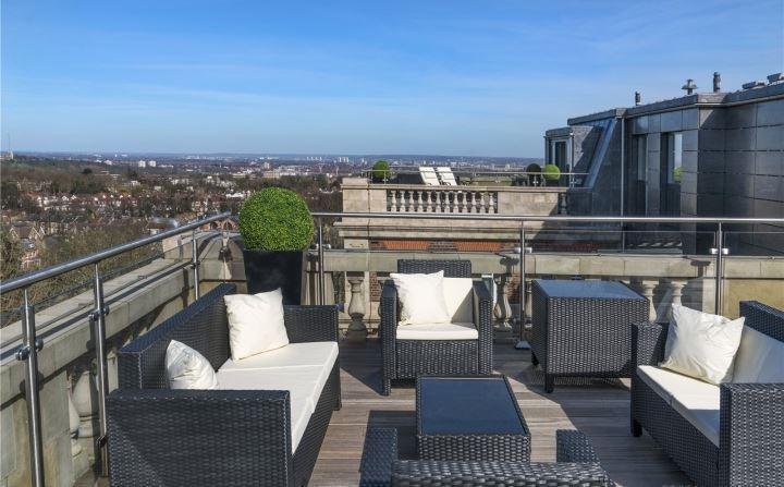 360 Degree Terraces