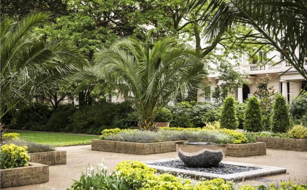 Eaton Square Gardens