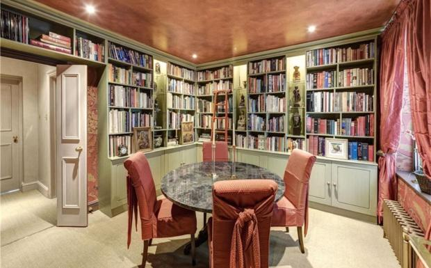 3rd Bedroom/Library