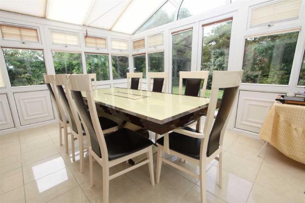 Conservatory/ dining