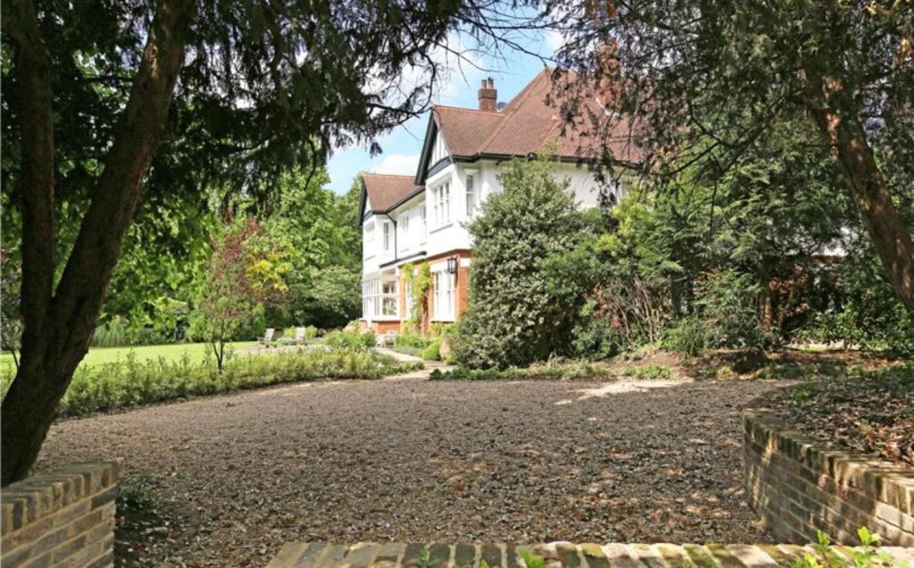 Heathview Gardens