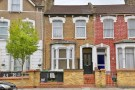 Flat for sale in Daleview Road...