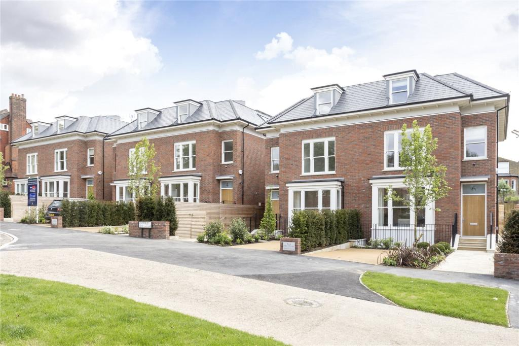 6 bedroom semi detached house for sale in earls terrace for Six bedroom house for sale