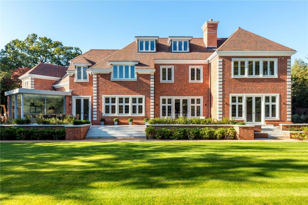 6 bedroom detached house for sale in coombe hill road kingston upon thames london kt2 kt2