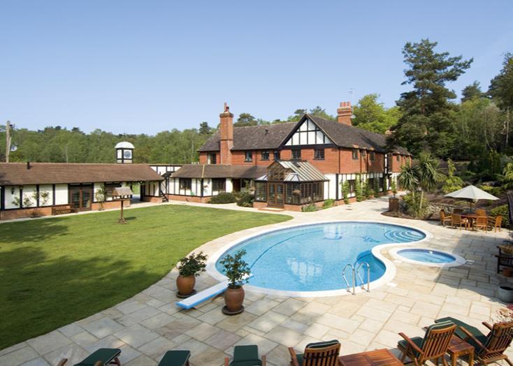 6 Bedroom Detached House For Sale In Hallams Court Blackheath Guildford Surrey Gu4 8qz Gu4