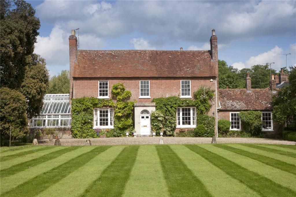 bedroom house for sale in manningford bohune pewsey wiltshire sn9