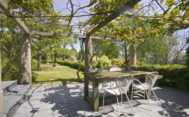 Canopy Dining Area