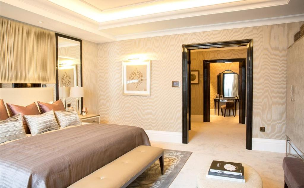 bedroom apartment for sale in Corinthia Residences, 10 Whitehall Place ...