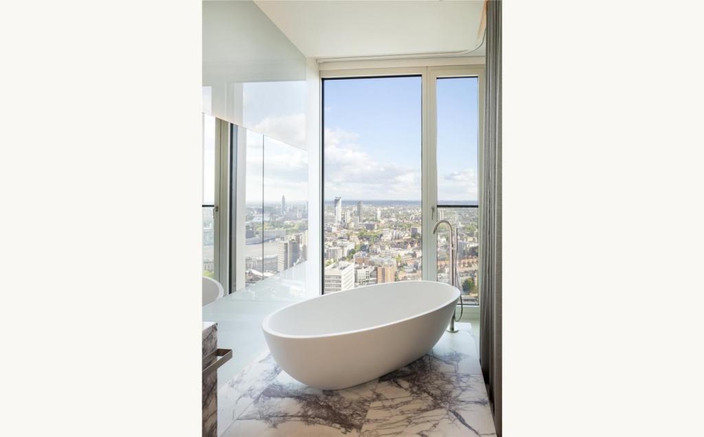 South Bank Tower,Bathroom detail