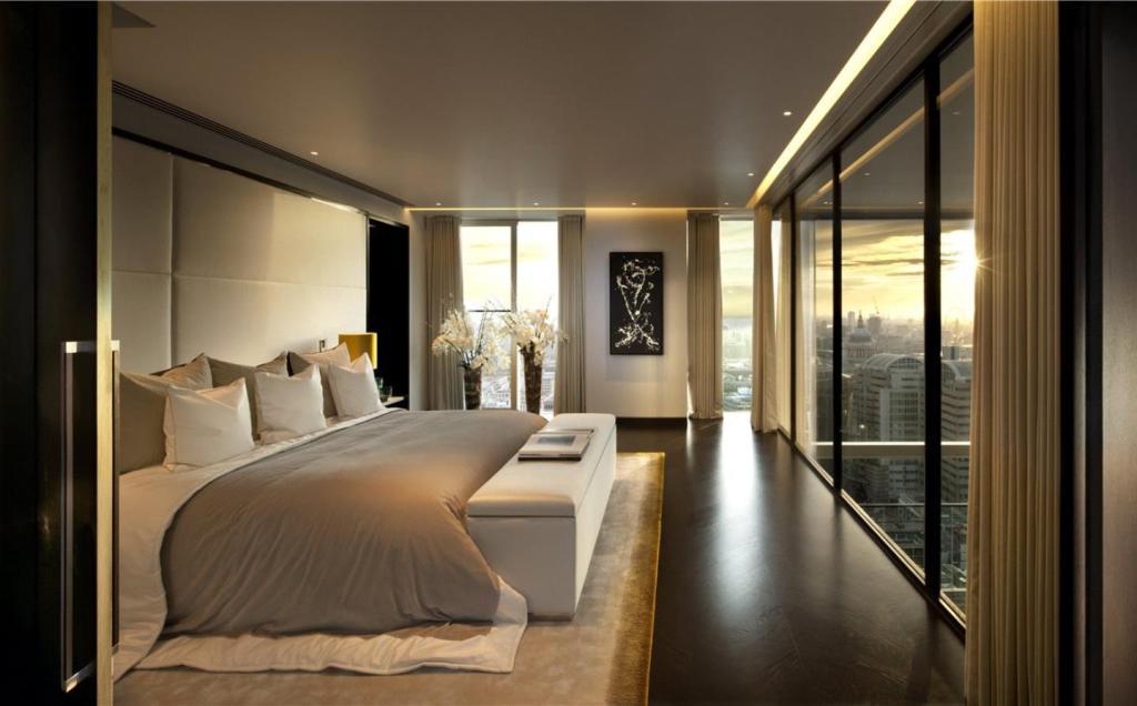 Master Bedroom No. 6