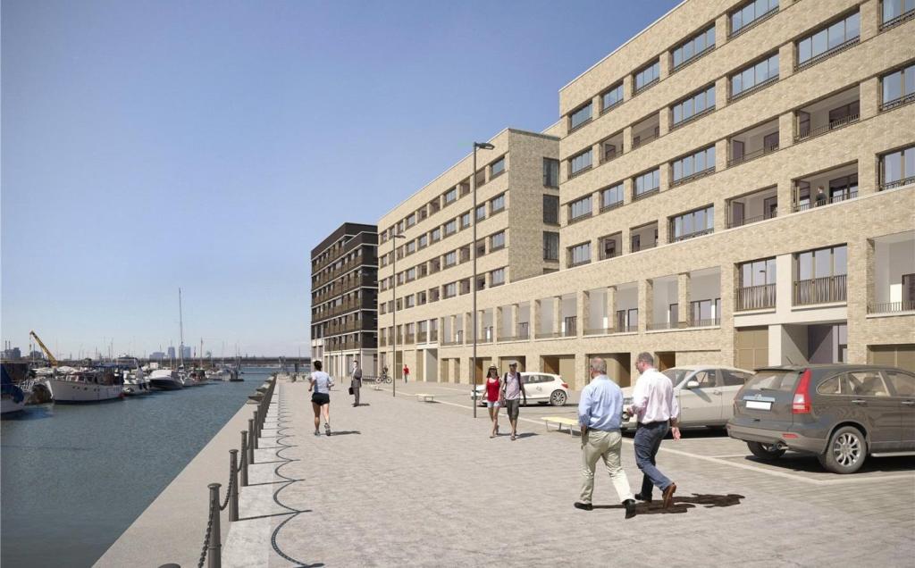 Royal Albert Wharf