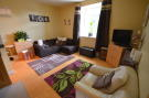 Flat to rent in Alvescot Road, Carterton...