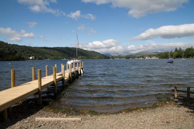 Jetty & Lake ...