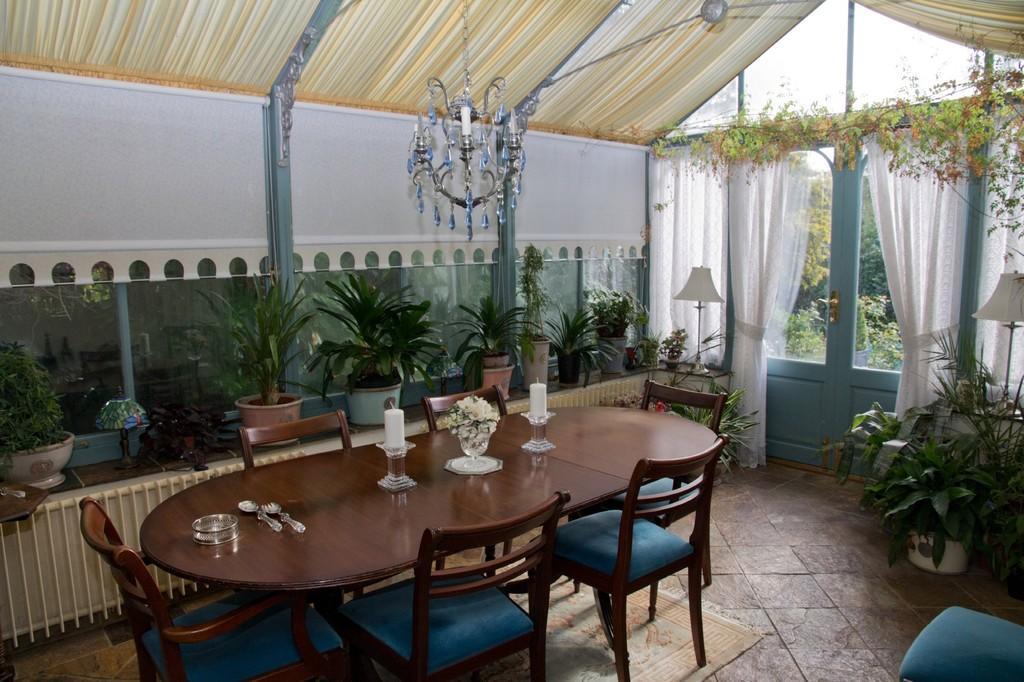 Conservatory Styl...