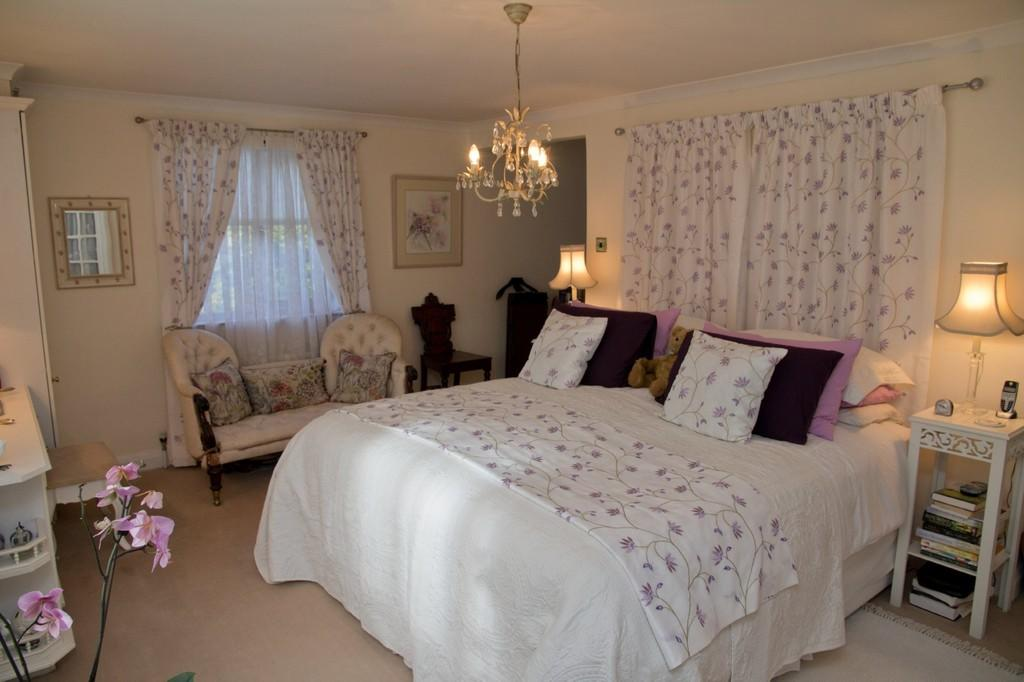 Bedroom 1 (Master...