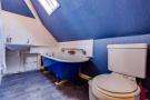 Lodge Bathroom Fi...
